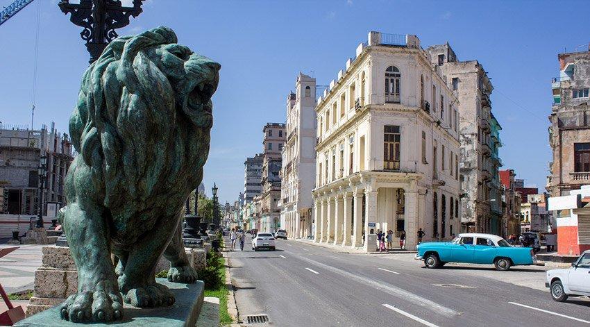 Paseo del Prado, Cuba