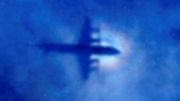 Avion en el océano