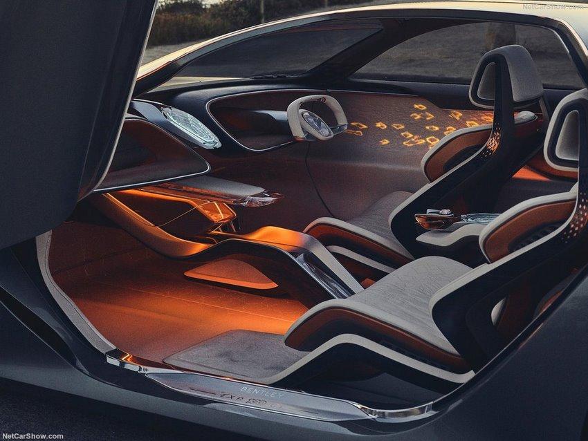 Interior del Bentley EXP 100 GT prototipo