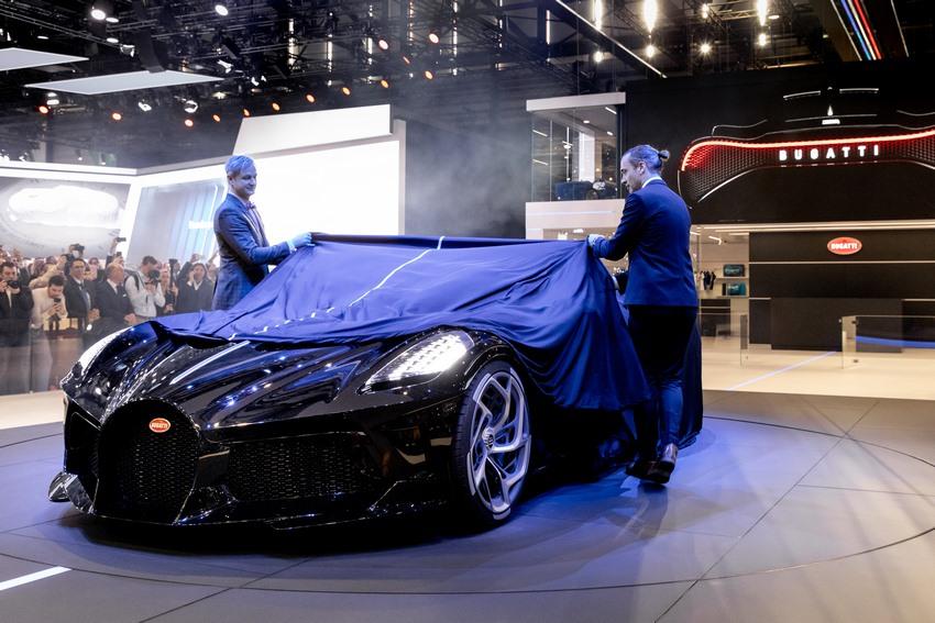 El Bugatti La Voiture Noire en el 89 Salón del Automóvil de Ginebra