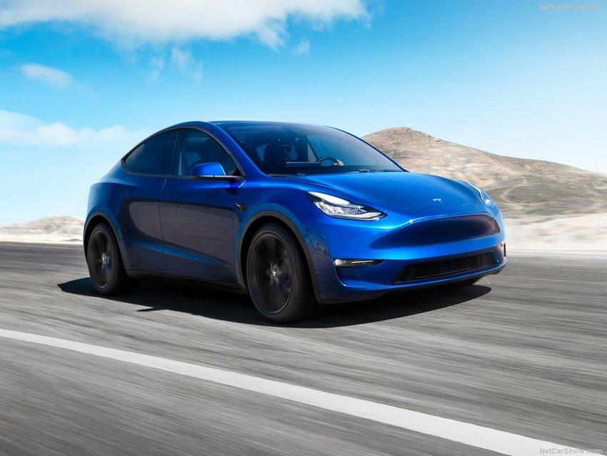 Tesla Model Y, vista lateral