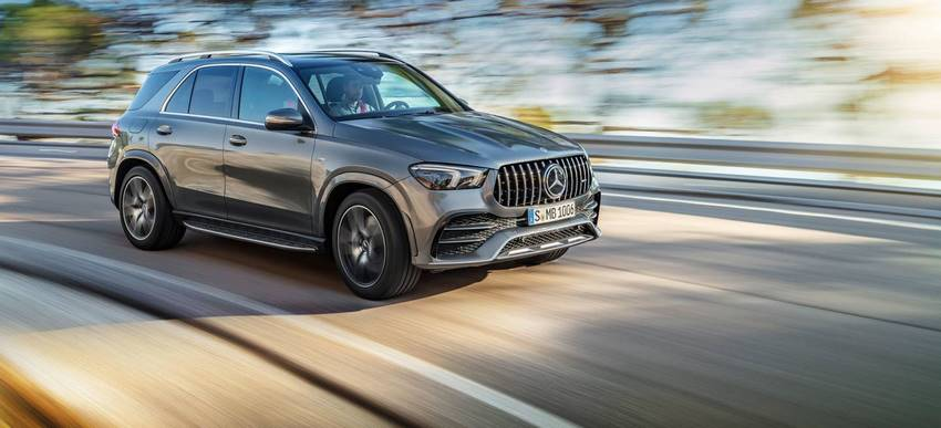 Mercedes-AMG GLE 53 4MATIC+ a toda velocidad