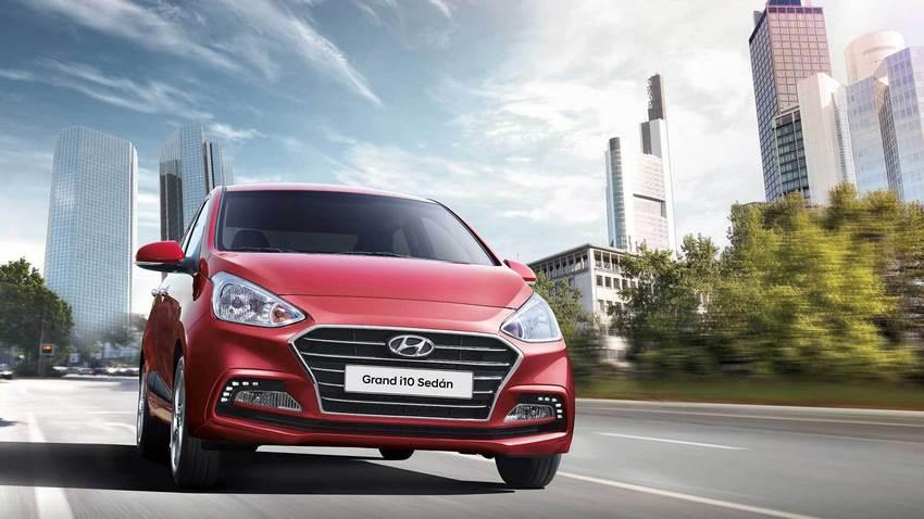 El Hyundai Grand i10 vista frontal