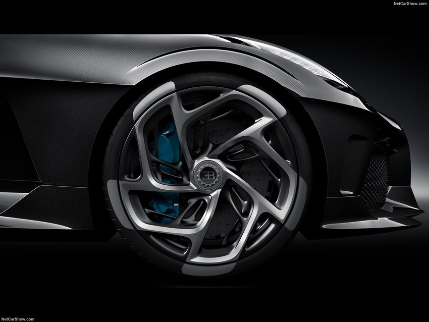 Bugatti La Voiture Noire, diseño de la rueda delantera