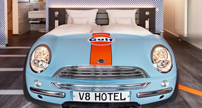 Hoteles sobre ruedas, Alemania V8 Hotel