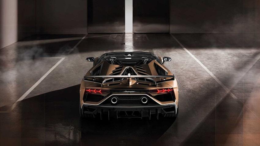 Lamborghini Aventador SVJ Roadster parte trasera