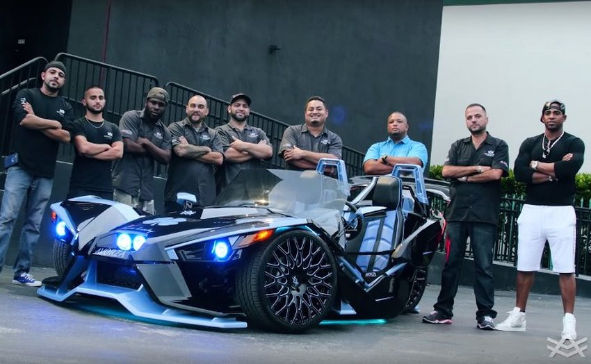 Polaris Slingshot customizado