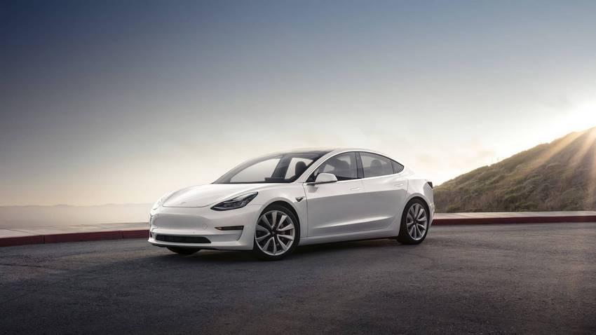 Tesla model 3 uno de los autos eléctricos con más autonomía del mercado