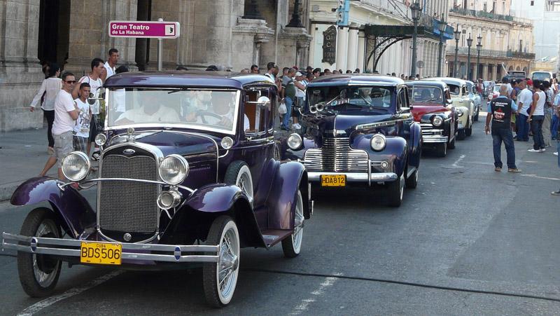 Competencia De Autos Clasicos De Excelencias Del Motor Excelencias